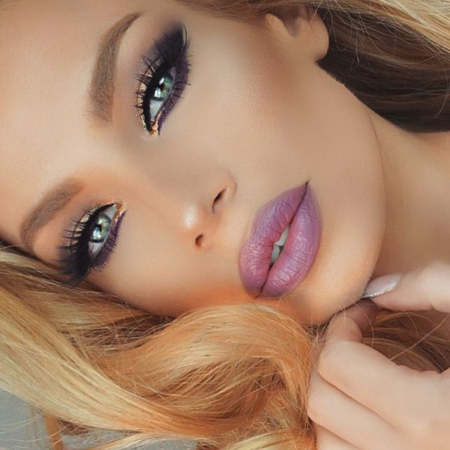 Nikki french makeup