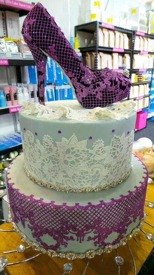 Lace shoe cake art