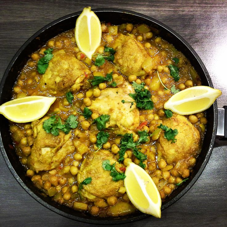 Żółte curry z kaszą jaglaną