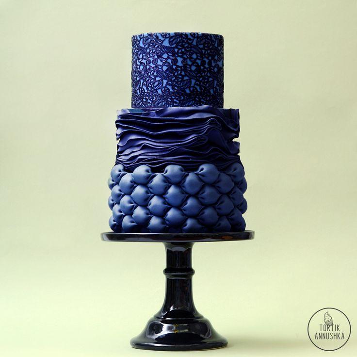 Синие буфы торт № 1694 на заказ в Москве