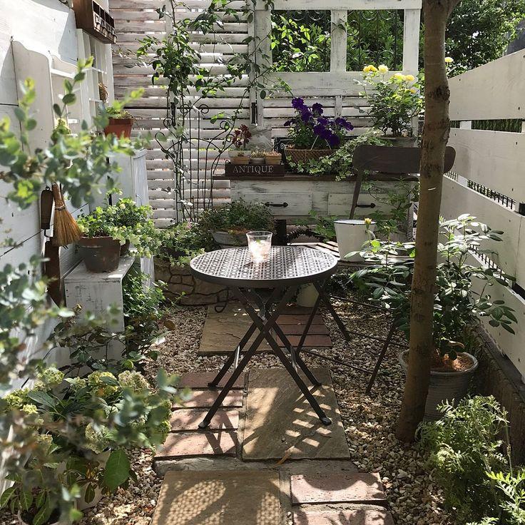 小さな庭/ガーデン雑貨/DIY/ガーデンフェンス/グリーンのある暮らし/玄関/入り口…などのインテリア実例 - 2017-06-04 12:41:48 | RoomClip(ルームクリップ)