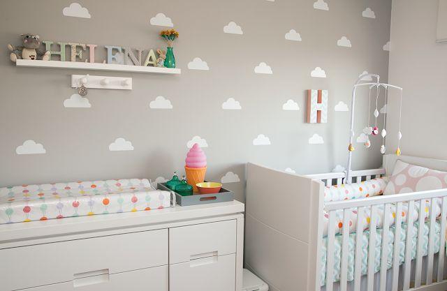 As nuvens na decoração do quartinho estão super em alta e dão um toque de modernidade ao quarto do bebê. As nuvens dão um ar de calma, paz e serenidade