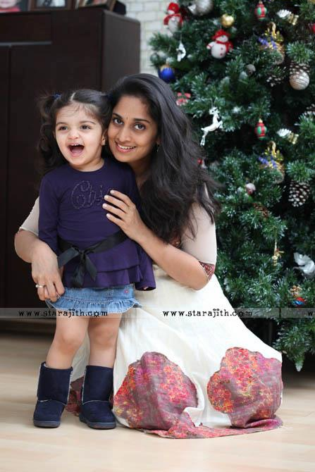 Shalini Ajith Anoushka Ajith | pretty women | Pinterest