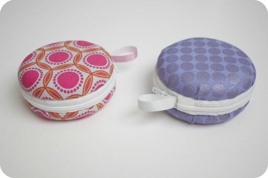 Giant Macaroon Coin Purse using a mini frisbee instead of the metal button cover as a base.
