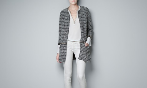 BOUCLE KNIT COAT WITH CHAINS