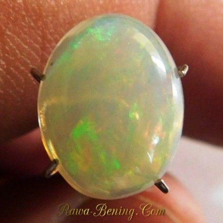Batu Natural Rainbow Opal 2.50 Carat