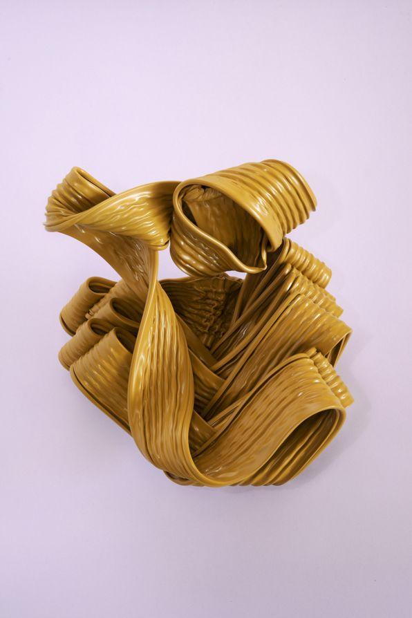 Artworks#2. Studi sui materiali di scarto. Ogni fase della lavorazione produce una possibilità che vogliamo cogliere.  Gli Artworks sono processi casuali della fasi di sperimentazione dei materiali attraverso i quali si costituiscono forme che vivono del colore delle nostre avvolgibili.