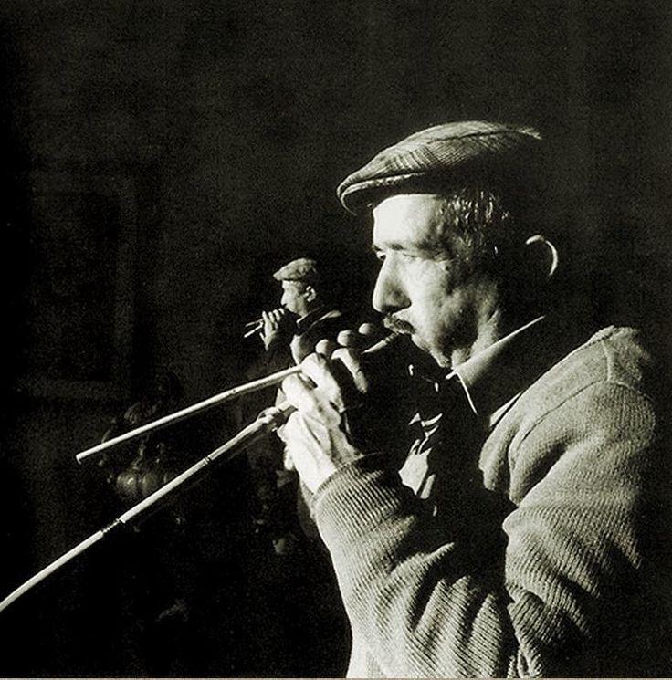 Daniele Casu playing the launeddas :: Cabras, Sardinia, 1982.