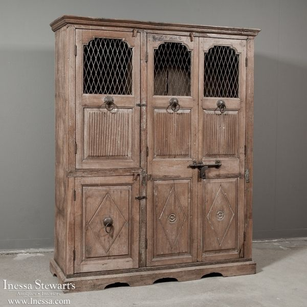 Antique Rustic Furniture | Antique Cabinets | 18th Century Spanish Cabinet  | www.inessa. - 122 Best Rustic Antiques And Interiors Images On Pinterest Antique