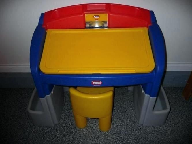 Little Tikes Desk With Light And Chair
