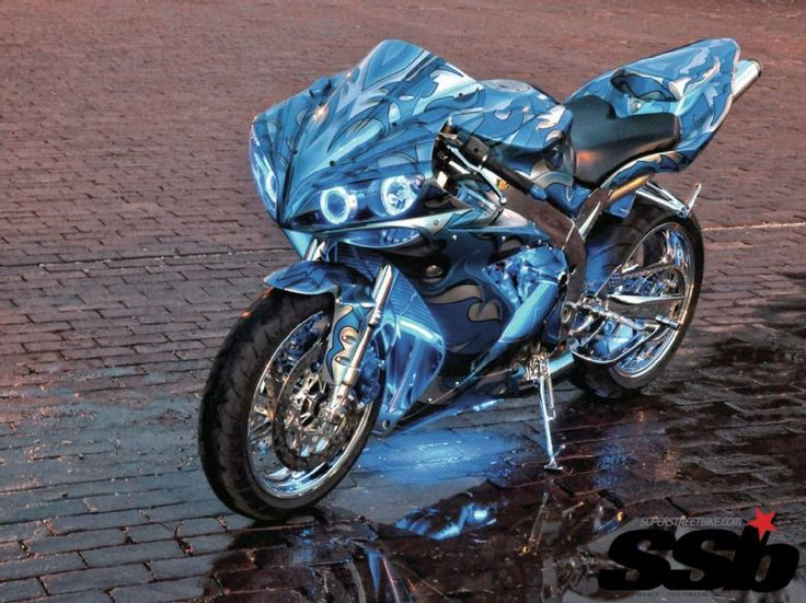 roaring toys motorcycles yamaha R1 | 2005 Yamaha R1 Accessories http://www.superstreetbike.com/custombikes ...