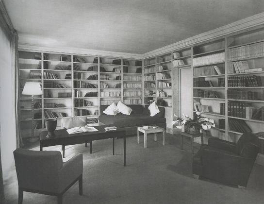 jean michel frank sitting room and library in the apartment of elisabeth spitzer ca 1935 photo. Black Bedroom Furniture Sets. Home Design Ideas