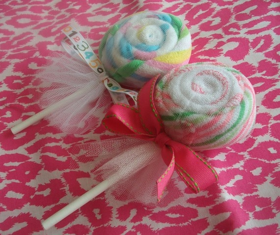 lollipop wash rags... cute addition to a baby gift basket!