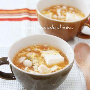 ダイエットにも◎!?ぷるるん鶏むね肉と豆腐のキムチスープ by shinkuさん | レシピブログ - 料理ブログのレシピ満載! 片栗粉をまぶしたぷるるん食感の鶏むね肉と、つるんとのど越しの良い豆腐。 ヘルシーで、体のあったまるキムチスープです。ダイエットにもいいかも!?