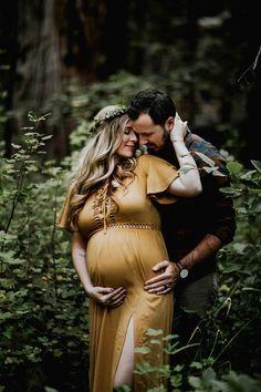 Moody bohemian maternity photos | Maternity photography | 100 Layer Cakelet