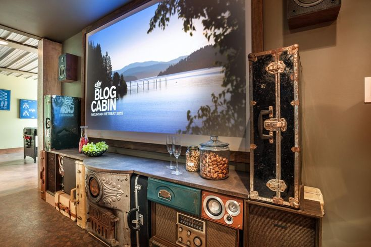 How to Make a Vintage Entertainment Center