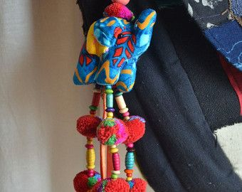 Beaded Hmong Hill Tribe zakken sleutelhanger Long charme Dangle met Batik olifant decoratie katoen Pom Poms Hang BHK32