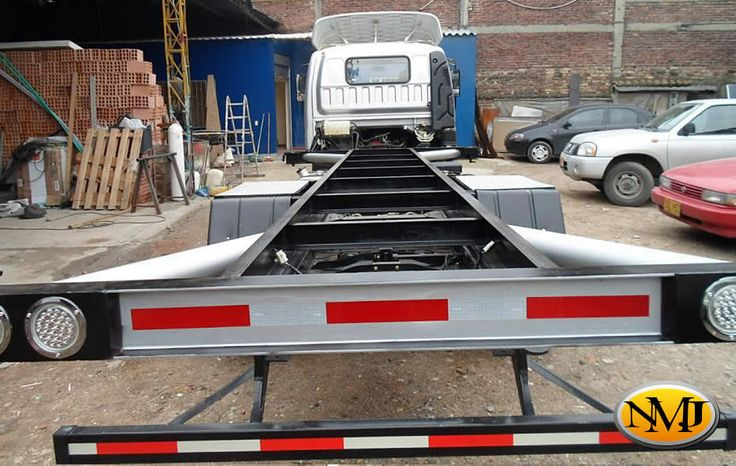 Entendemos como crear y mejorar la visión de su carrocería perfecta. Sabemos que su empresa tiene necesidades, y queremos cumplir con estas y superar sus expectativas.  http://www.carroceriasyfurgonesnmj.com/disenos-personalizados-de-tipos-de-carrocerias-especiales-para-vehiculos-comerciales-bogota-colombia