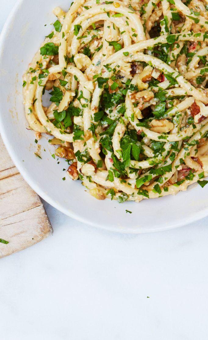 Bucatini with Walnut Pesto recipe: The easiest weeknight dinner ever.