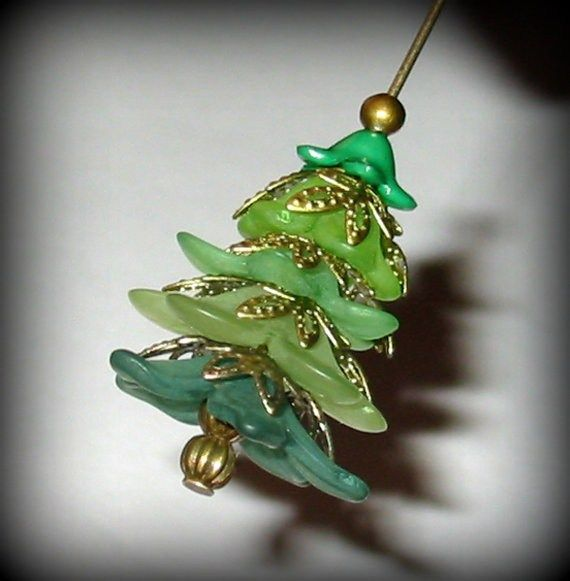 40 Cute Christmas Jewelry Ideas: DIY Christmas Trees Earrings by AjJewelrySupplies on Etsy, $1.95