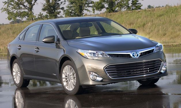 Nice Toyota Camry 2017: 2013 Toyota Avalon Hybrid gets 40 MPG!... Check more at http://24auto.tk/toyota/toyota-camry-2017-2013-toyota-avalon-hybrid-gets-40-mpg/