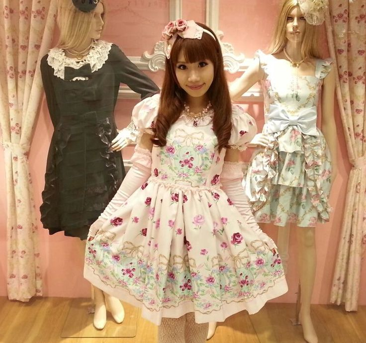 "☮JAPANESE STREET FASHiON☮••• hime gyaru ♥ ""princess girl"" fashion ~ Jesus Diamante ~ floral dress ~ gloves ~ hair bow ~ roses ~ shop window ~ cute ~ kawaii"