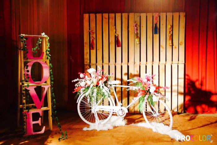 Decoration Ideas - The Wedding Trends! Photos, Punjabi Culture, Beige Color, Decoration, Wedding, Candid Clicks pictures, images, Vendor credits - WeddingPlz
