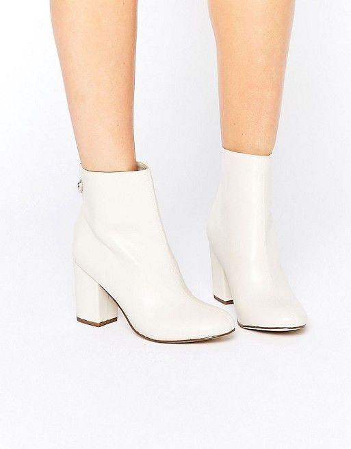 New Look   New Look 60's Block Heel Boots