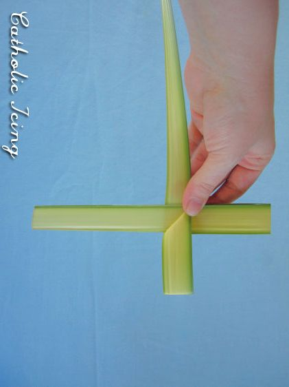 How To Fold A Palm Cross In 10 Easy Steps