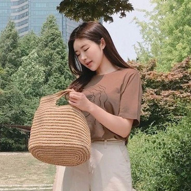 ♡シンプルプリント半袖Tシャツ♡ #レディースファッション #ファッション通販 #ファッショントレンド #新作 #最新 #モテ服 #韓国ファッション #韓国レディース通販 #ootd #wiw  #fashionaddict #womensfashion #fashion  https://goo.gl/FFbwwz