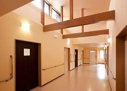 明るい廊下 寮 - Google 検索