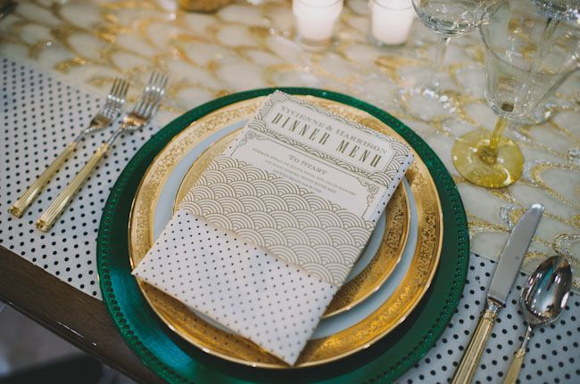 Pattern and texture highlight this Gatsby place setting #partyatgatsby's