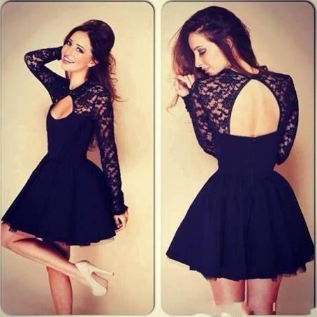 I love this dress! It's so beautiful! <3