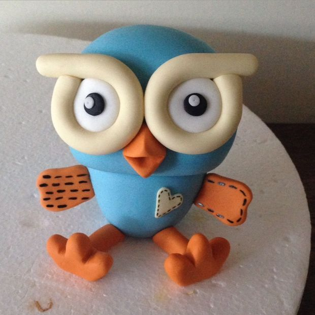 Picture of Hoot Cake Topper