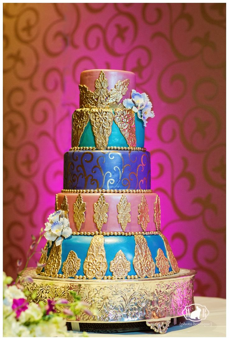 Disney Aladdin Inspired Wedding Cake Sabrina and Oscars Aladdin Themed Disney Wedding - White Rabbit Photo Boutique