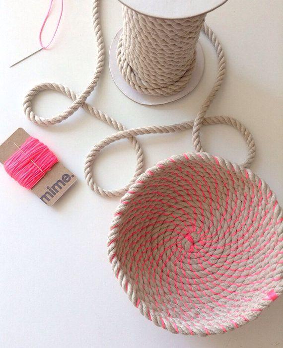 Este listado está para un instrucciones de tazón de cuerda un material. Usted recibirá 10 metros de cuerda de algodón y yute