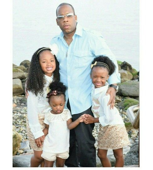 Michael Bivins with his Supremes.