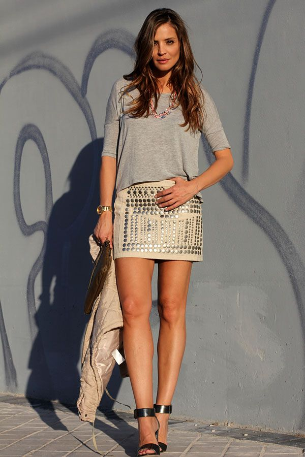 studded mini | Lady Addict en stylelovely.com