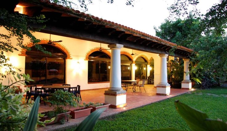 Casas haciendas mexicanas buscar con google la for Fachadas de casas quintas modernas