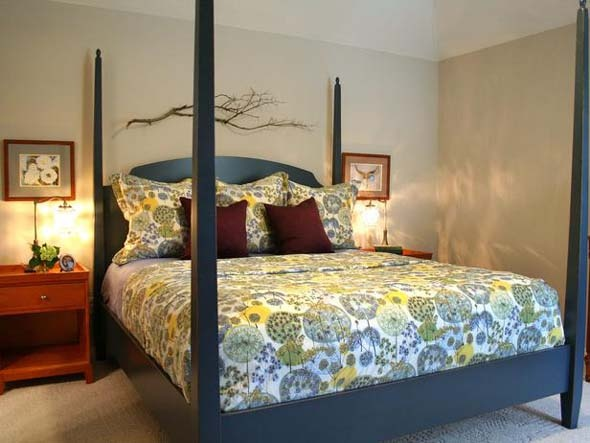 Painted blue bedframe......I like this bed alot...