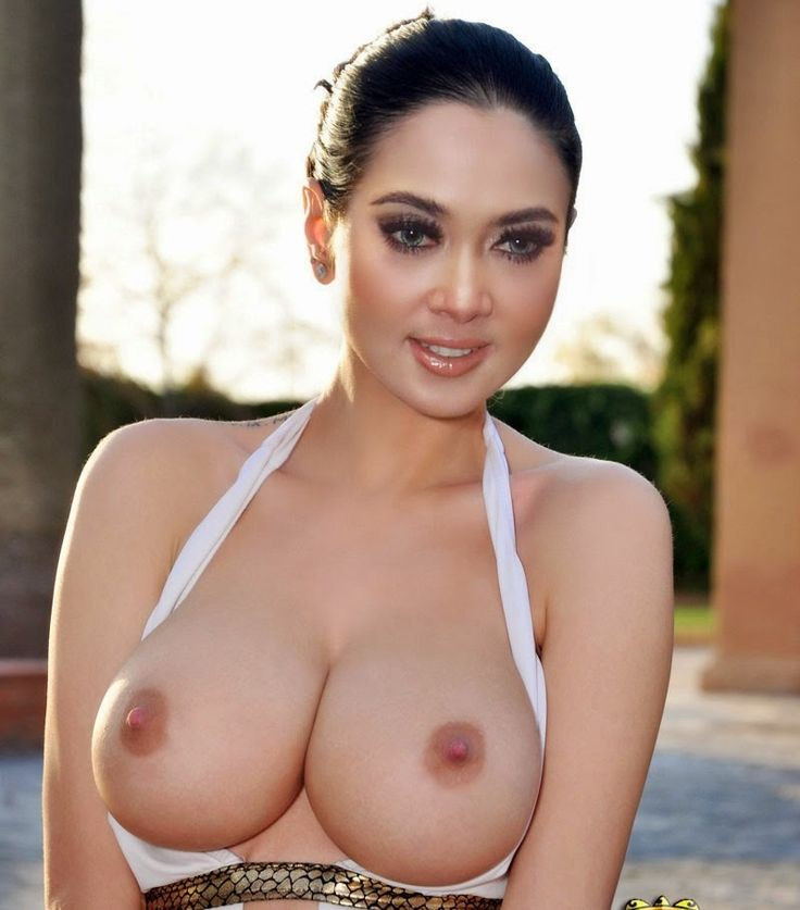indonesian actress naked model