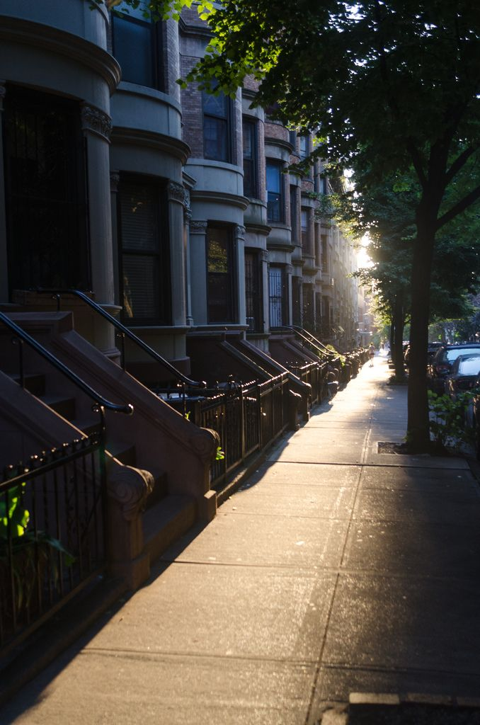 Golden Hour  Park Slope, Brooklyn, NY  (meetmedownstairs.tumblr.com)
