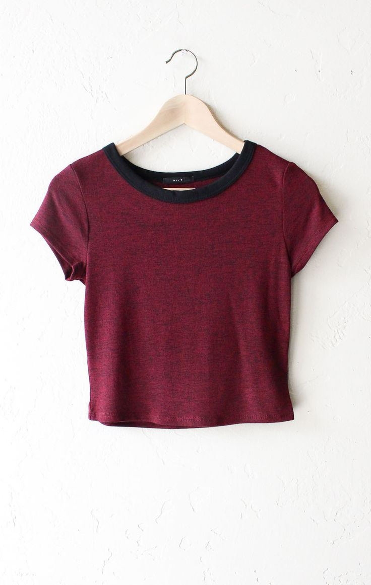 "- Description Details: Knit hacci cropper ringer tee in burgundy with black contrast collar band. Form fitting, tend to run on the smaller side & are more fitted. Measurements (Size Guide): S: 31"" bus"