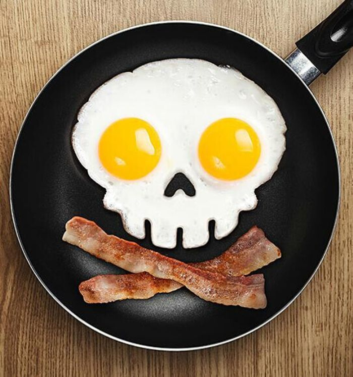 Innovative Skull Shape Silicone Egg Frying Mould Frying Pancake Mold Breakfast Mould Creative Kitchen Supplies for DIY Present