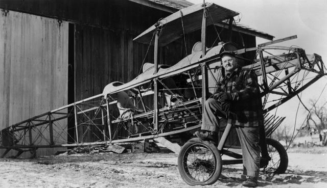 """Curtiss JN-4 """"Canuck""""  (CASM-2985)"""