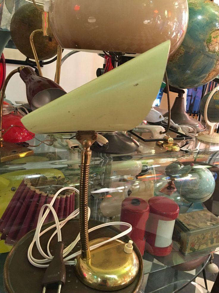 Lampada Da Tavolo 50' Table Lamp FOR SALE • EUR 139,99 • See Photos! Money Back Guarantee. LAMPADA DA TAVOLO 50' CON MOLLA PER REGOLARE LA POSIZIONE ED SNODO ALLA FINE PER REGOLARE IL RIFLETTORE. BUONE CONDIZIONI VINTAGE,OTTONE ED METALLO NON RIDIPINTO ORIGINALE.FUNZIONANTE CON IMPIANTO ELETTRICO DELL'EPOCA.MISURE:ALTEZZA 172758001898