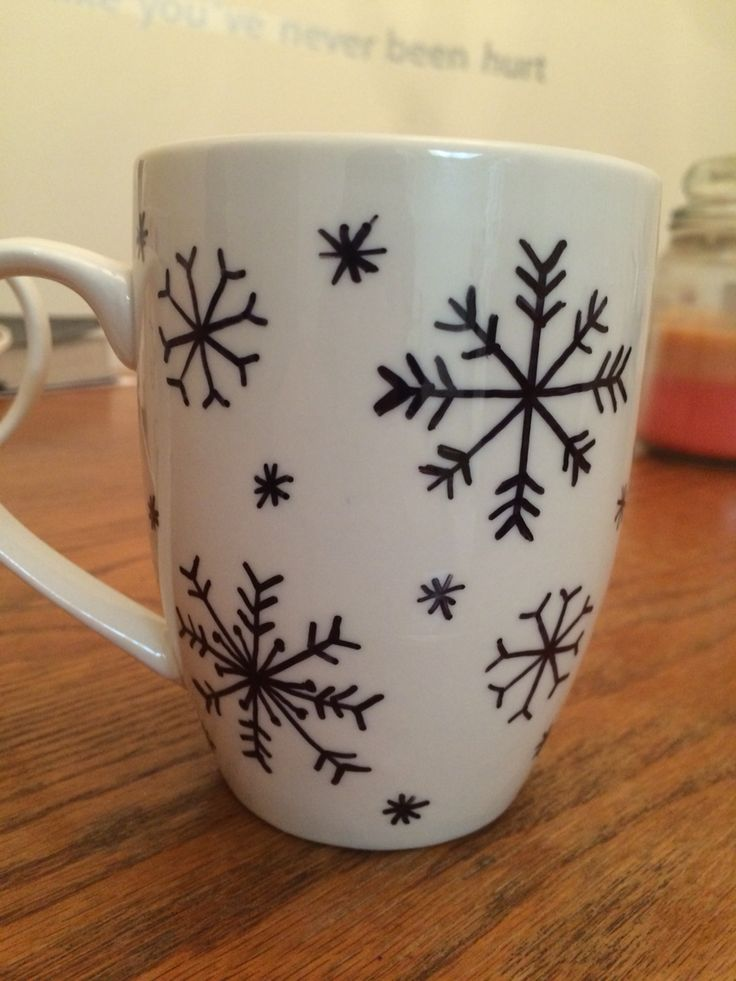 DIY sharpie snowflake coffee mug