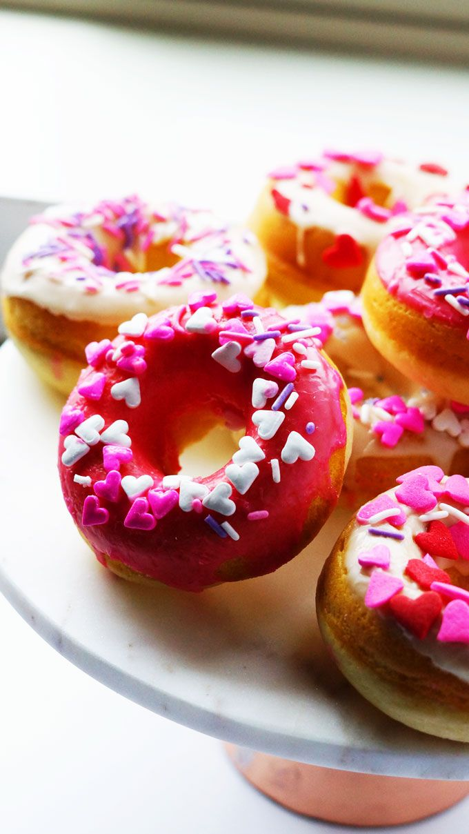 BAKED DOUGHNUT,SUPER EASY,LESS INGREDIENT,NOT OILY,CUTE AND PRETTY