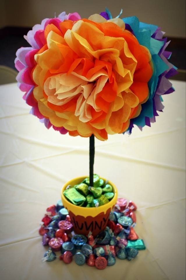 Hunny Centerpiece I made for my baby girl's 1st Bday party.