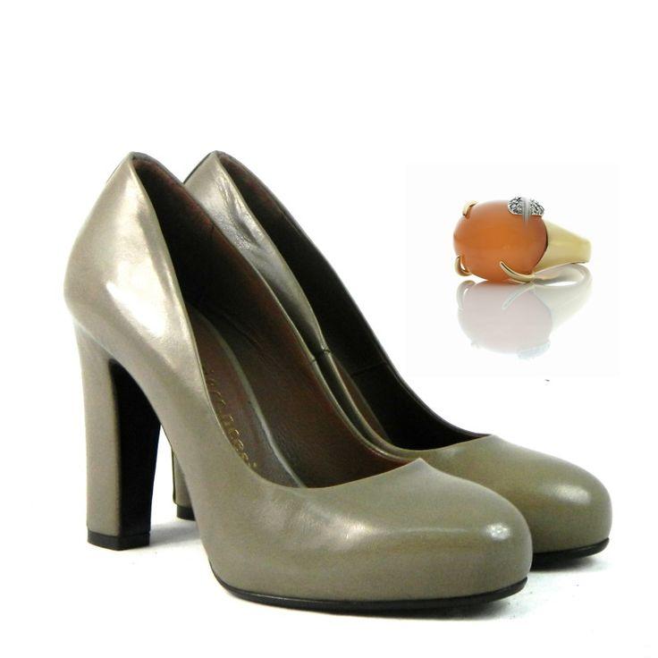 Shoes: Fiori Francesi http://www.piumi.it/calzature-donna.php?PHPSESSID=c1d9d99cd0fc89e16dda67672ce8a760  Ring: Anello in oro bianco http://www.moninigioiellishop.it/promo/pietra-di-luna_0.html?id=25